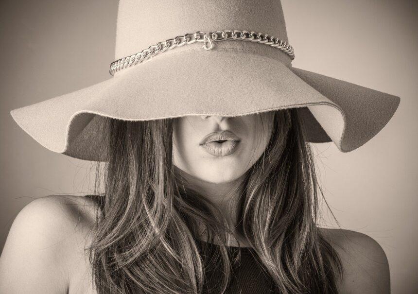 Fashion Beautiful Woman Woman Hat Covering